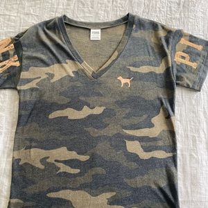 Camo V-Neck Tee with sequins